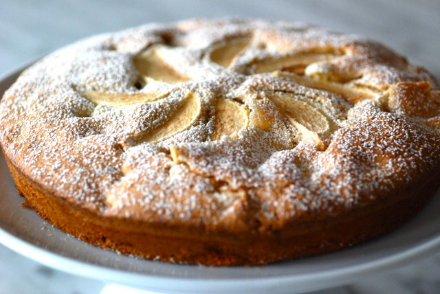 Apple Cardamom Cake | Kitchen Culinaire