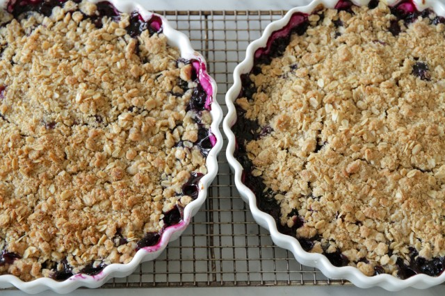 Perfect Blueberry Crumble