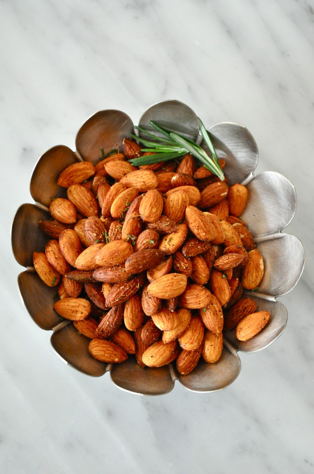 Spicy Almonds with Rosemary