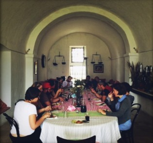 Lunch en masse at the Masseria